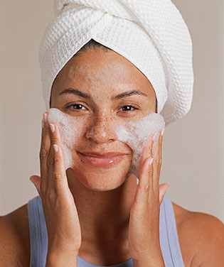 How--Wash-Your-Face-Properly