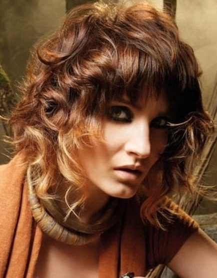 Young-Girls-Shoulder-Length-Latest-Hair-Styles-2012-3