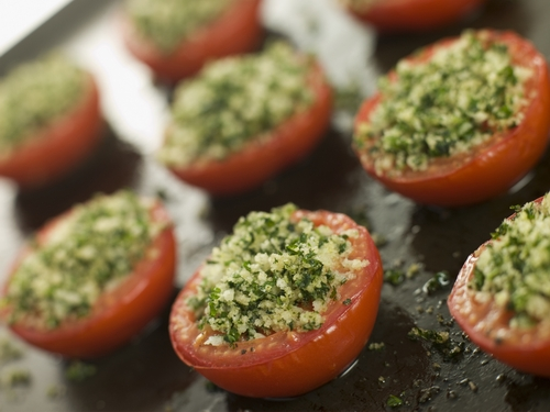 Tomatoes-stuffed-with-spinach