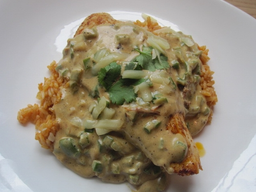 Mexican-chicken-with-chili-and-rice