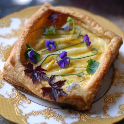 Puff-pastry-aloe-and-Custard-Passion-Fruit