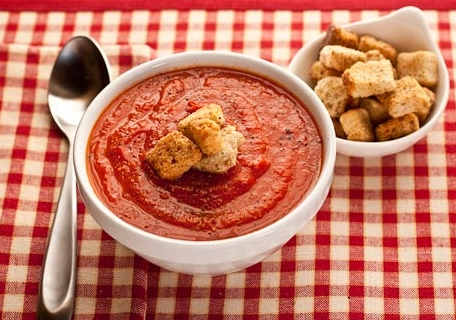 Tomato-soup-and-grilled-red-peppers