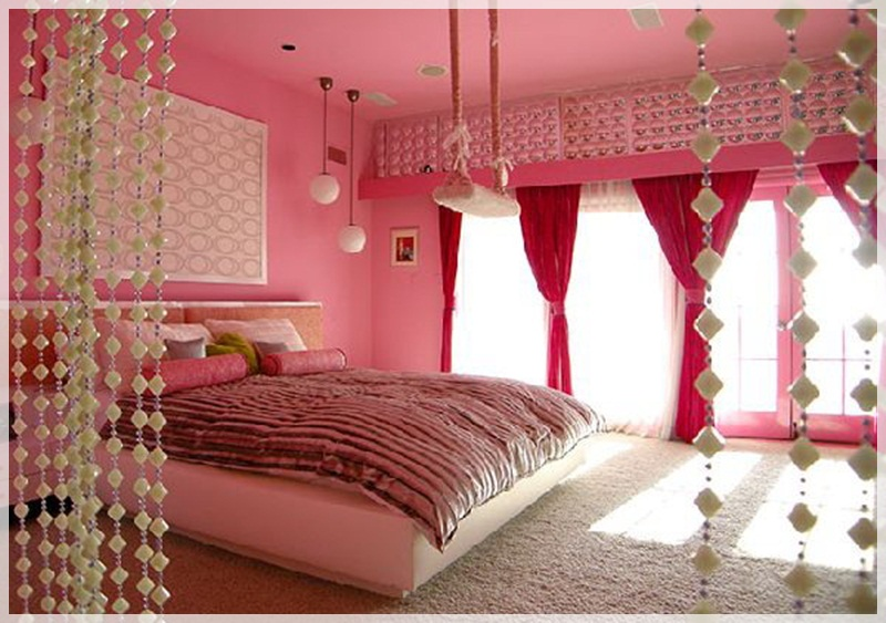 home-concept-glamour-beach-house-design-pink-furniture-bedroom