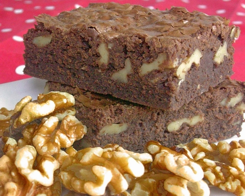 Brownies-with-nuts