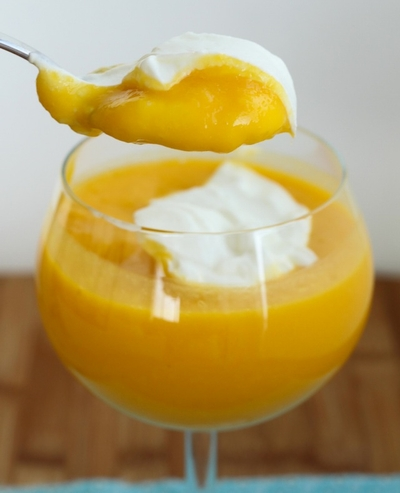 Mango-yogurt-and-nuts