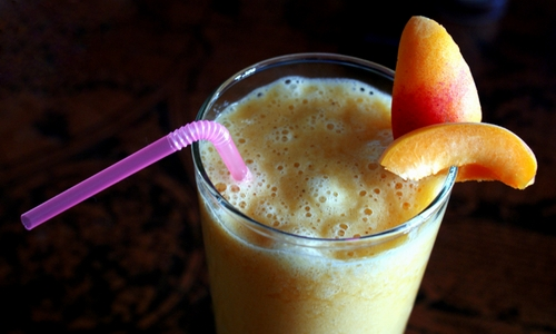 Apricot-and-banana-juice
