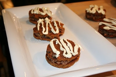 Cake-biscuits-with-honey-and-coconut