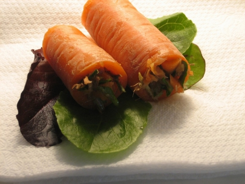 Carrot-stuffed-with-meat-and-rice