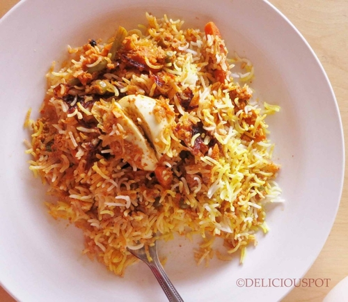 Basmati rice with meat and nuts