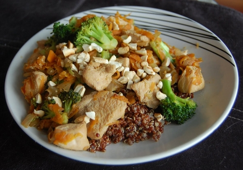 Cashew chicken and vegetables