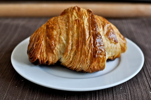 Croissants with cinnamon and sugar