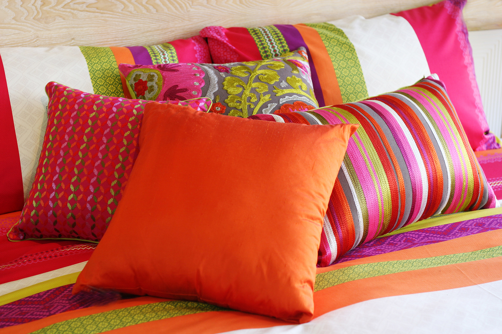 Cushions and pillows for home decor (14)