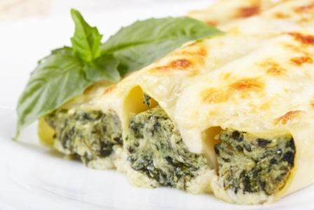 Cannelloni with spinach and cheese