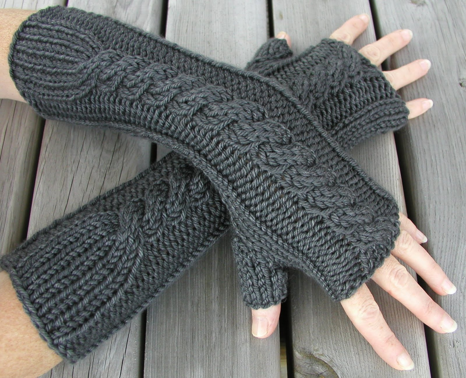 women's fingerless gloves (12)