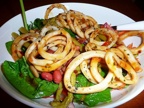 Calamari-salad-with-chilli