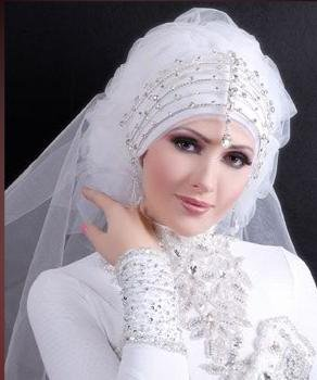 Rolls ask for brides veiled splendor (10)