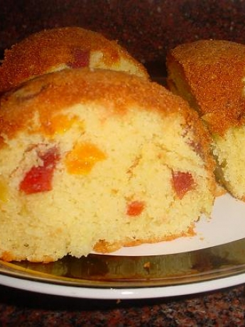 Fruit cake with almonds