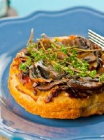 Tart creamy mushrooms and thyme