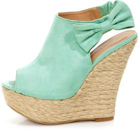 1_wild-diva-lounge-kendall-wedges