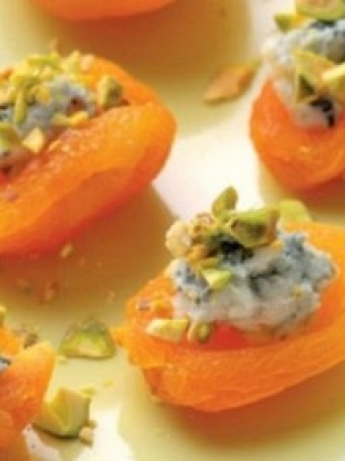 Apricot kernels with blue cheese