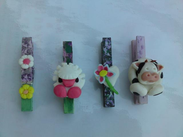 Decorative clothespins (15)