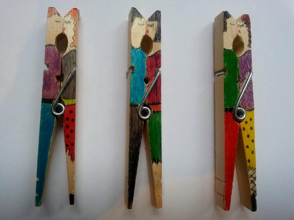 Decorative clothespins (2)