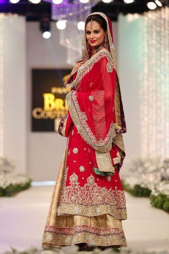 Latest-Trend-of-Bridal-Dresses-