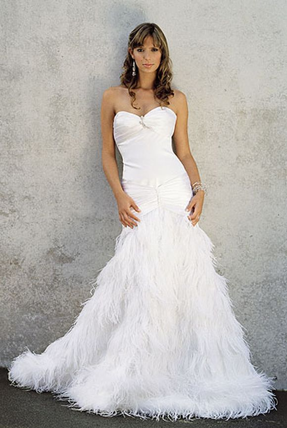 Stylish-Wedding-Gowns-weddimg-dress-8