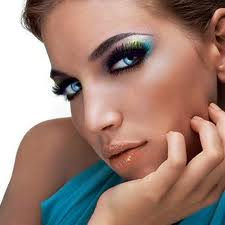 Tips to help you install the makeup of a beautician Hind Mohammed