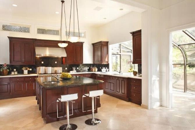 Your kitchen decorated in classic (7)