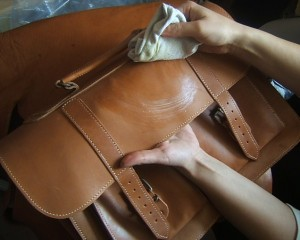 cleaning-leather-300x240