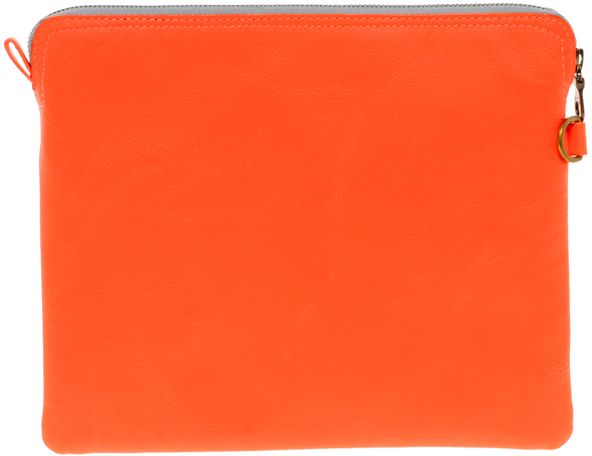 3_block-coloured-pouch