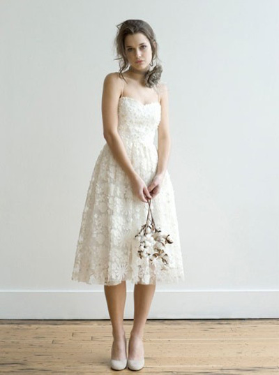 5_the-english-dept-beatrix-dress_7-wonderful-wedding-dresses-from-etsy