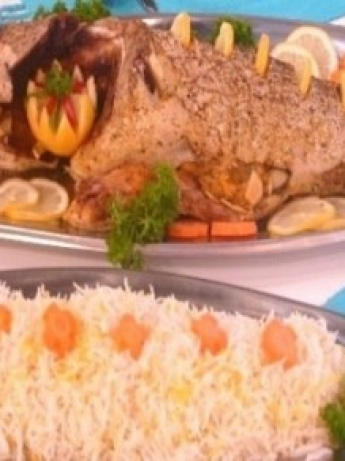 Grilled fish stuffed with garlic