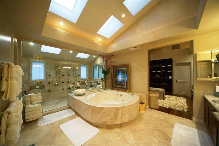 Holiday luxury bathrooms (17)