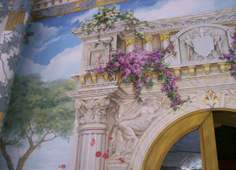 Decoration and painting on the walls2