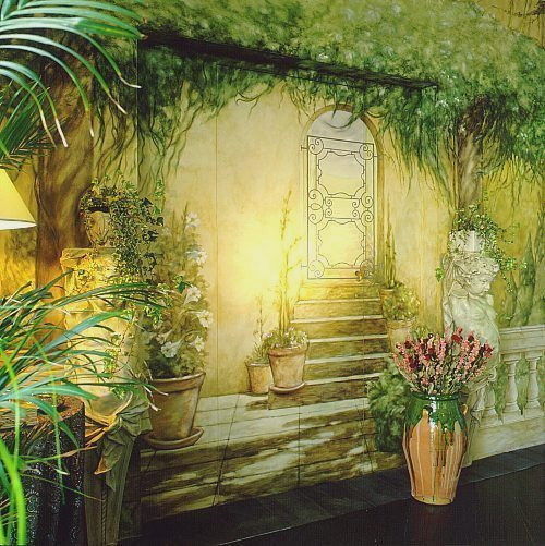 Decoration and painting on the walls4