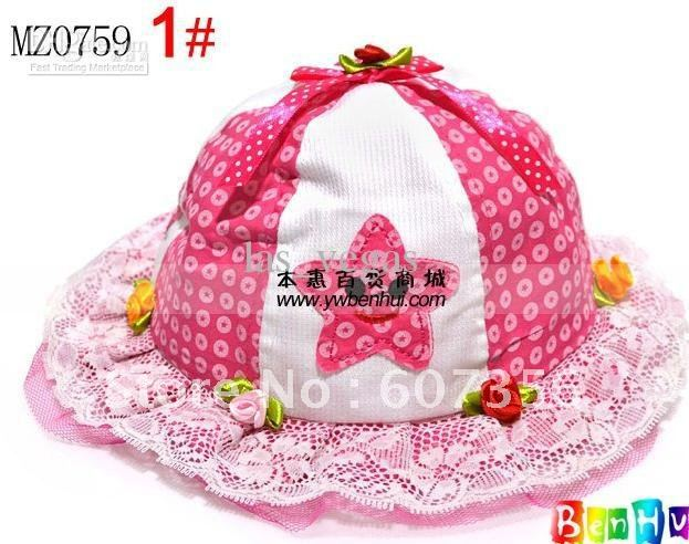 GIRLS HAT4