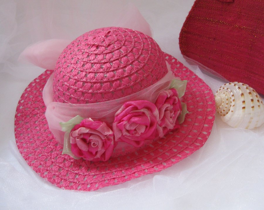 GIRLS HAT8
