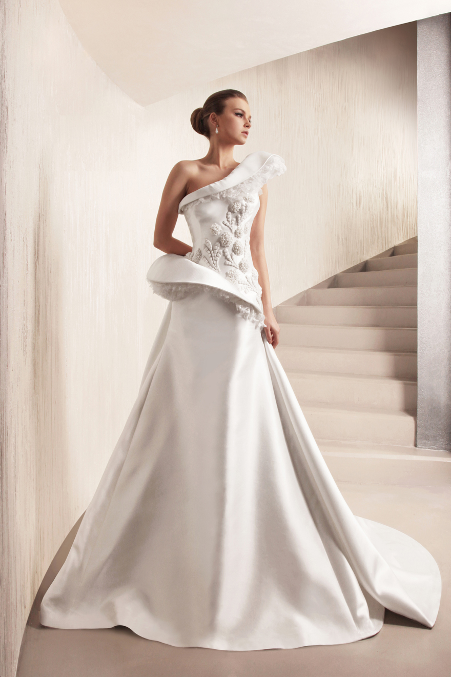 George Hobeika collection of wedding dresses for 2013  (11)