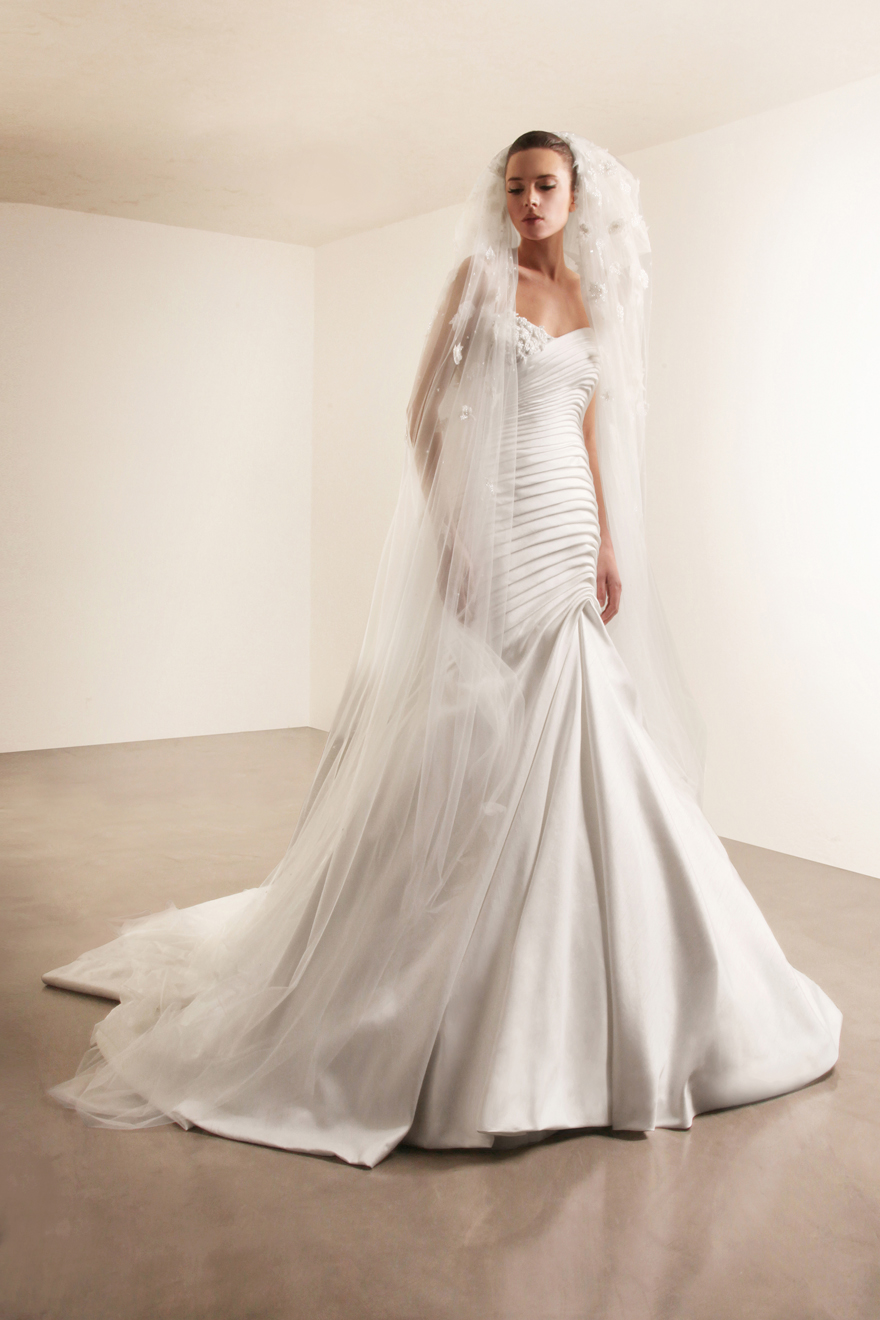 George Hobeika collection of wedding dresses for 2013  (4)