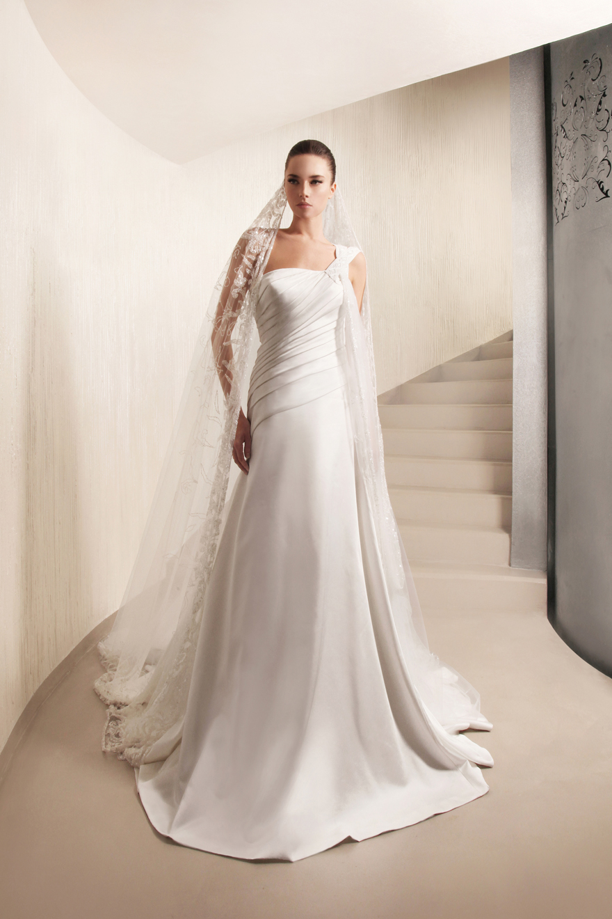 George Hobeika collection of wedding dresses for 2013  (9)