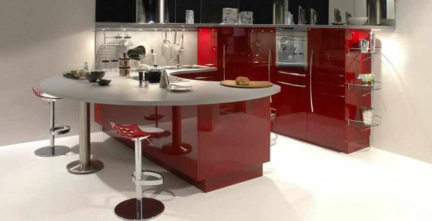 Kitchens decorated in red (12)