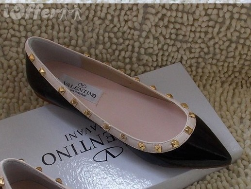 Pointed flat shoes10