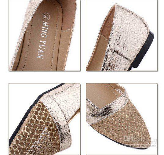 Pointed flat shoes13