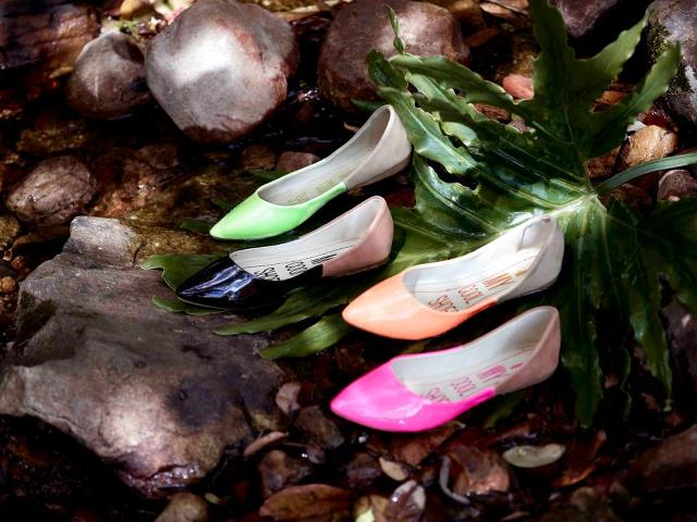 Pointed flat shoes3