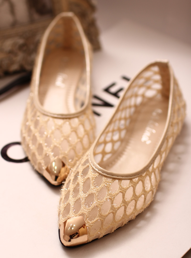 Pointed flat shoes6