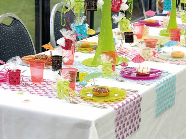 The art of decorating the dining table11