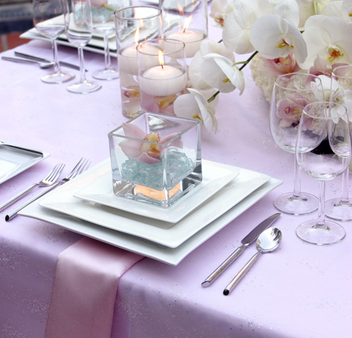 The art of decorating the dining table13