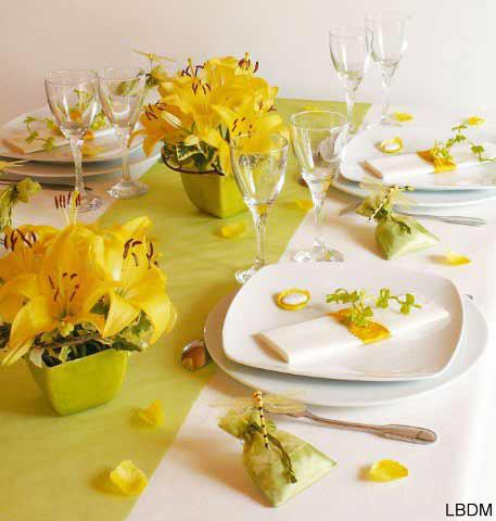 The art of decorating the dining table3